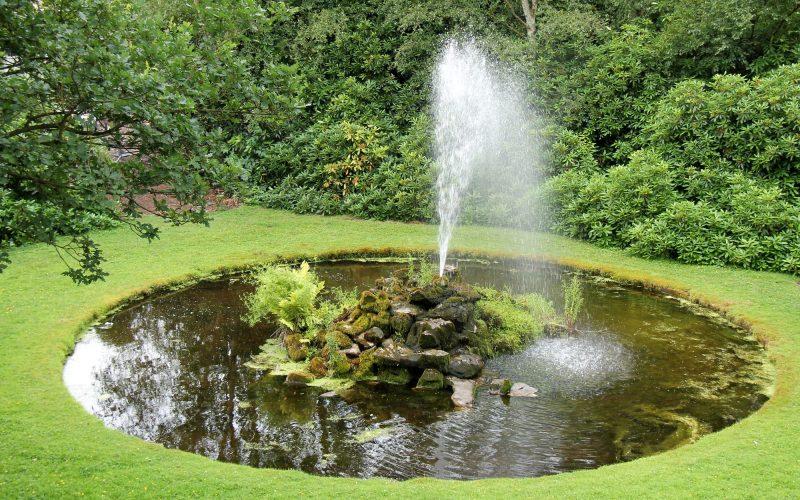 8 benefits of using a solar pond pump